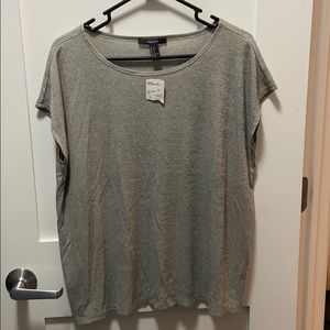NWT Versitlle knit top